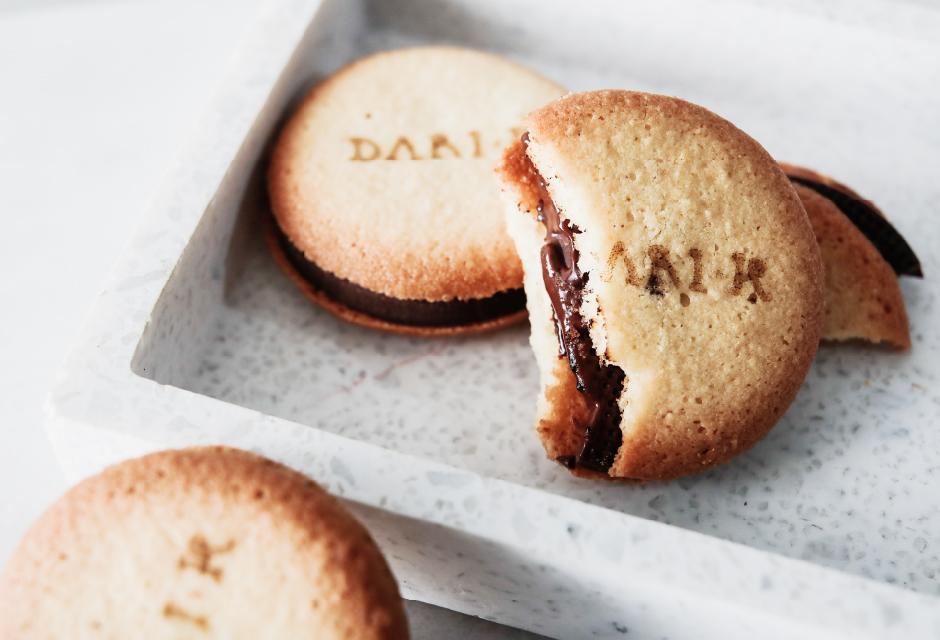 Dari K(ダリケー)のカカオサンドクッキー